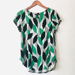 • alfani soft leaf print short sleeve tee •